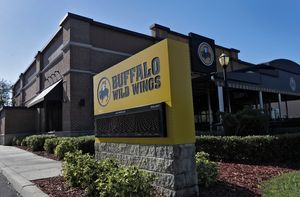 Buffalo Wild Wings apologizes